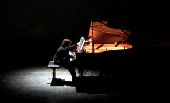Desde la Ventana (for Piano and Live Electronics) 2012